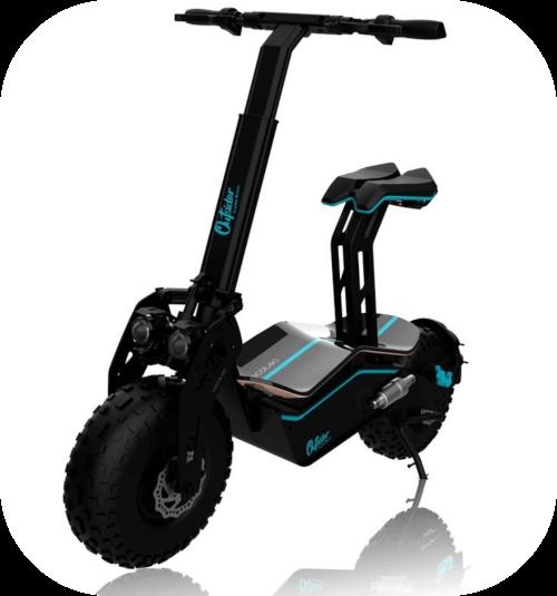 Gran patinete, similar a una pequeña moto de Cecotec. Ruedas grandes y asiento. De color negro y detalles en azul.