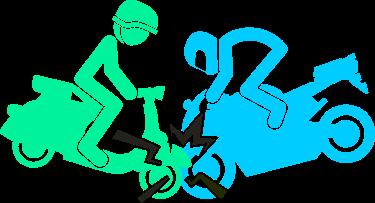 Imagen de un patinete eléctrico y una moto causando una colisión frontal